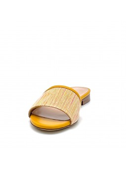 Yellow leather and multicolor fabric mule. Leather lining, leather sole. 1 cm he