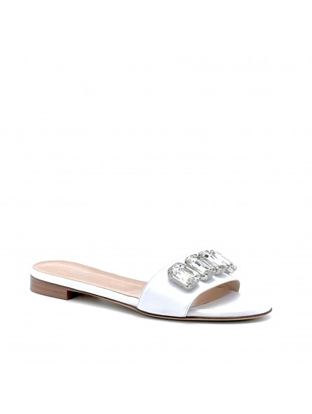 White leather mule with crystal bezels. Leather lining, leather sole. 1 cm heel.