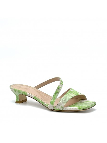 Green python style leather mule. Leather lining, leather sole. 3,5 cm heel.