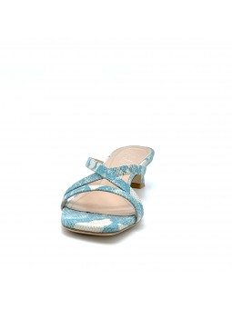 Light blue python style leather mule. Leather lining, leather sole. 3,5 cm heel.