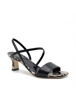 Black nappa and python style leather sandal. Leather lining, leather sole. 5,5 c