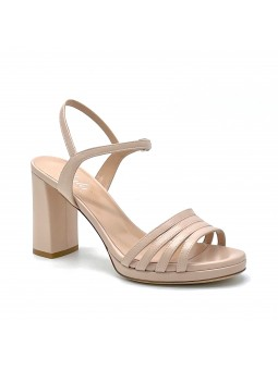 Nude colour leather sandal with platform. Leather lining, leather sole. 8 cm hee