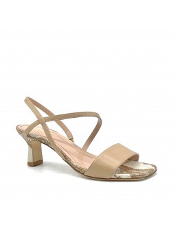 Beige nappa and python style leather sandal. Leather lining, leather sole. 5,5 c