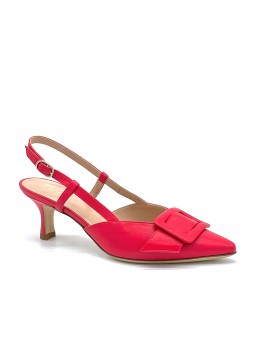 Red leather slingback with a leather covered buckle accessory. Leather lining, l