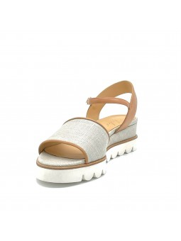 Rope colour fabric and dark beige leather sandal. Leather lining, fabric covered
