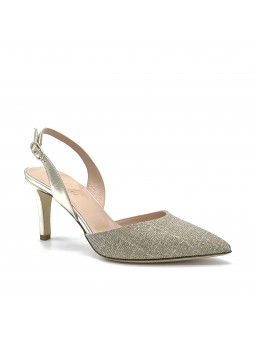 Gold laminate leather and fabric slingback. Leather lining, leather sole. 7,5 cm