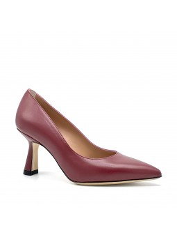 Bordeaux leather pump. Leather lining. Leather sole. 7,5 cm heel.