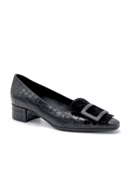 """Black printed leather and suede pump with """"buckle"""" accessory. Leather lining"""