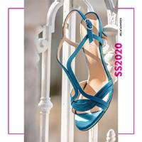 Luglio ha bisogno della carica giusta.💪 Indossa colori accesi e vivaci per cominciare un nuovo mese con energia!🤩 ••• #elata1923 #elatashoes #sscollection2020 #newcollection #ss20 #springsummer20 #shoes #madeinitaly #newcollection2020 #styleoftheday #elegance #style #fashion #handcrafted #stile #woman #womanpower #madeinpuglia #fashionista #fashionblogger #fashionable #shoesofinstagram #fashionstyle
